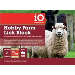 iO Hobby Farm Vitamin Supplement Block 2kg Cattle, Sheep, Horse & Goat
